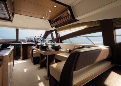 64 Azimut yacht dining