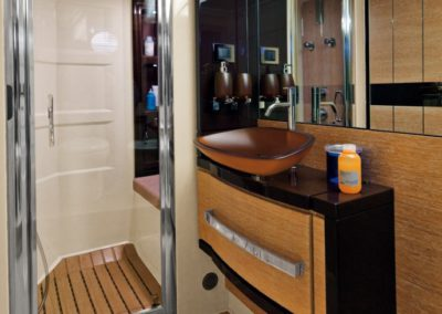 64 Azimut yacht bathroom and shower