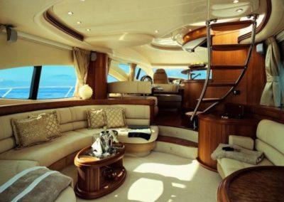 68 Azimut yacht salon