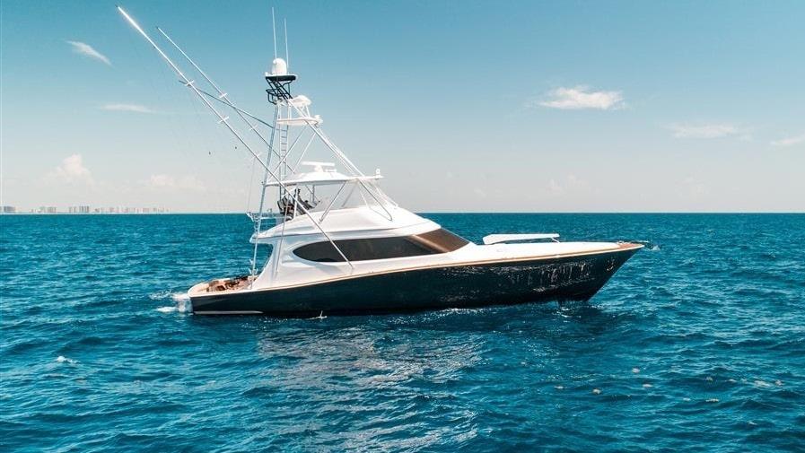 70 Hatteras sportfish charter yacht