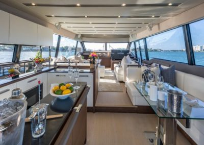 70 Prestige yacht salon bar and dinette
