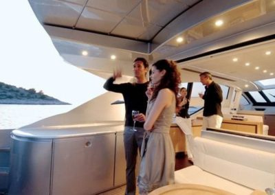 72 Pershing yacht charter coctail