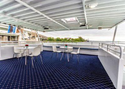 74 Skipperliner party yacht open deck coffe lounge