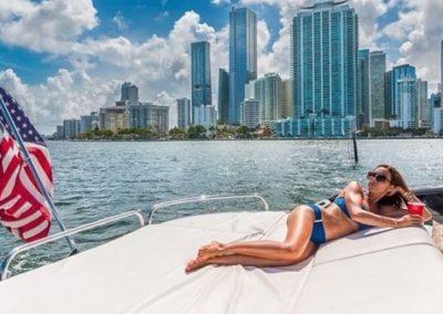 74 Sunseeker yacht in Miami
