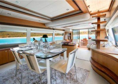 75 Ferretti yacht dining