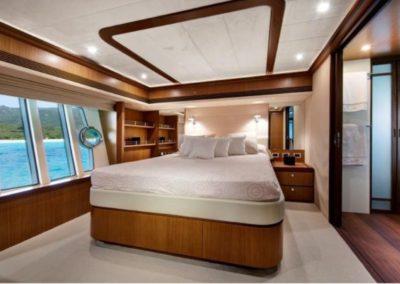 75 Ferretti yacht master cabin