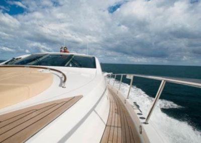 75 Lazzara yacht