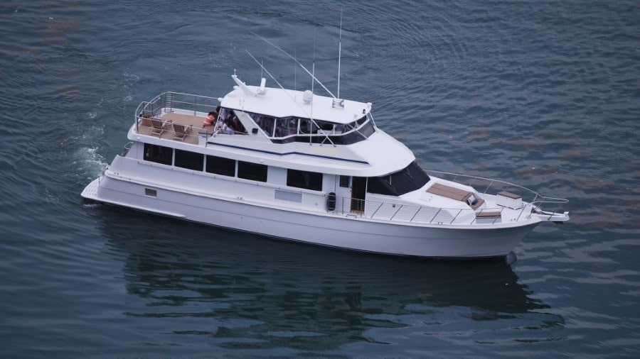 80 Hatteras party yacht