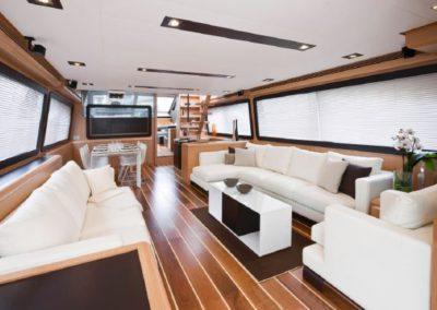81 Ferretti yacht salon