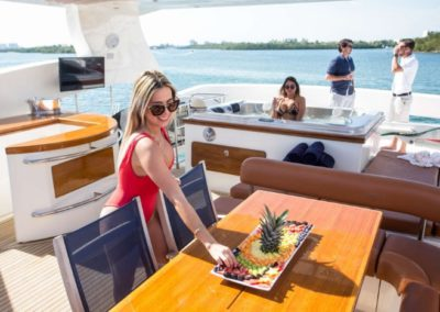 85 Aicon yacht Miami charter