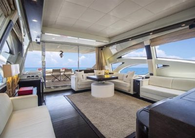 86 AzimutS yacht salon aft