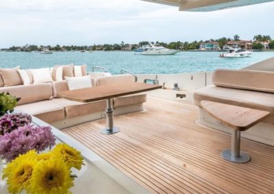 86 AzimutS yacht aft deck