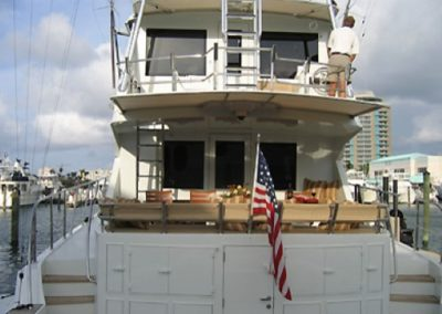 90 Hatteras luxury fishing yacht
