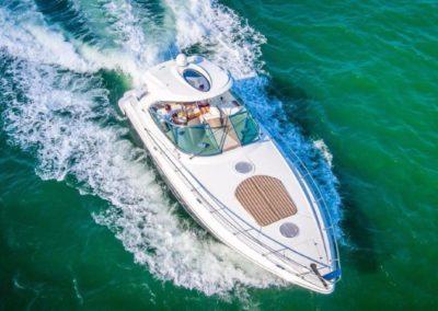 42 Cruisers charter yacht cruising in Miami