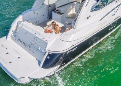 42 Cruisers yacht aft deck and swim platform