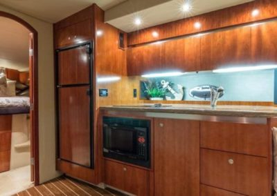 42 Cruisers yacht galley