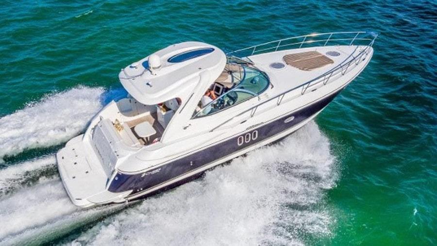 42 Cruisers Miami charter yacht
