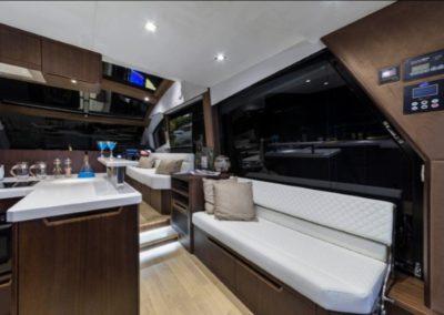 51 Galeon yacht bar