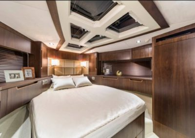 51 Galeon yacht guest cabin