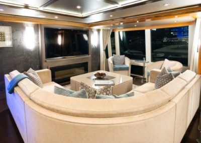 133 IAG yacht salon entertainment center