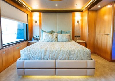 133 IAG yacht VIP stateroom