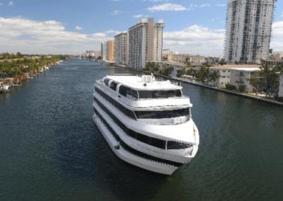 120K Marine party yacht cruising
