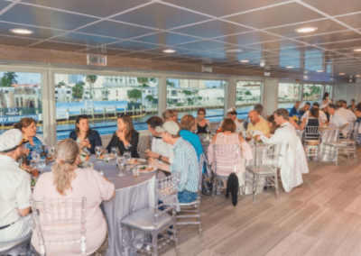 120K Marine party yacht dining party