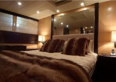 80 Mangusta yacht master stateroom