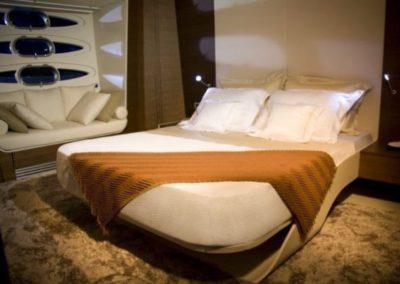 78 Numarine yacht master cabin