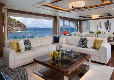 112 Ocean yacht salon