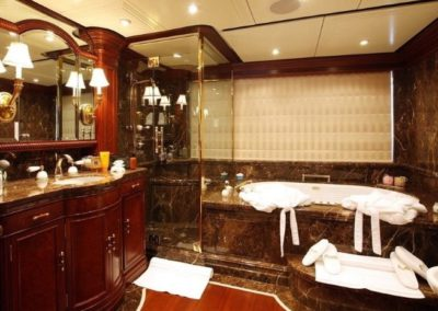 228 Oceanfast yacht master bathroom