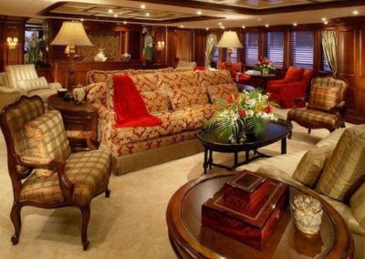 228 Oceanfast yacht main deck salon