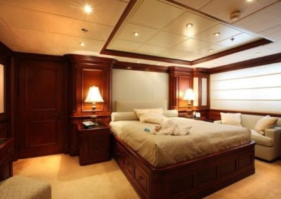 228 Oceanfast yacht guest stateroom