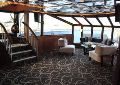 100 Skipperliner party yacht main deck bow lounge