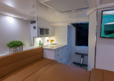 40 VanDutch yacht lower deck cabin and entertainment TV