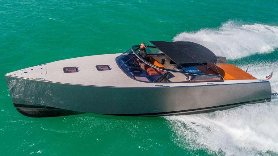 42 Azimut Miami sport charter yacht