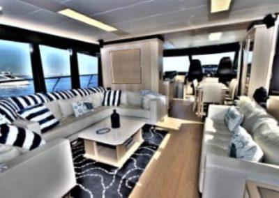 72 Absolute yacht salon