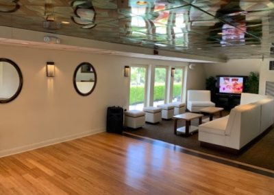 130 Custom party yacht coffe lounge with TV