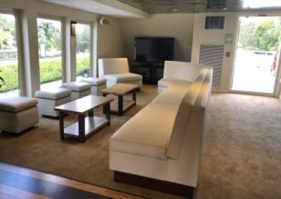 130 Custom party yacht main floor lounge