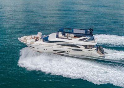 80 Dominator rental yacht