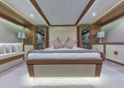 80 Dominator yacht master stateroom