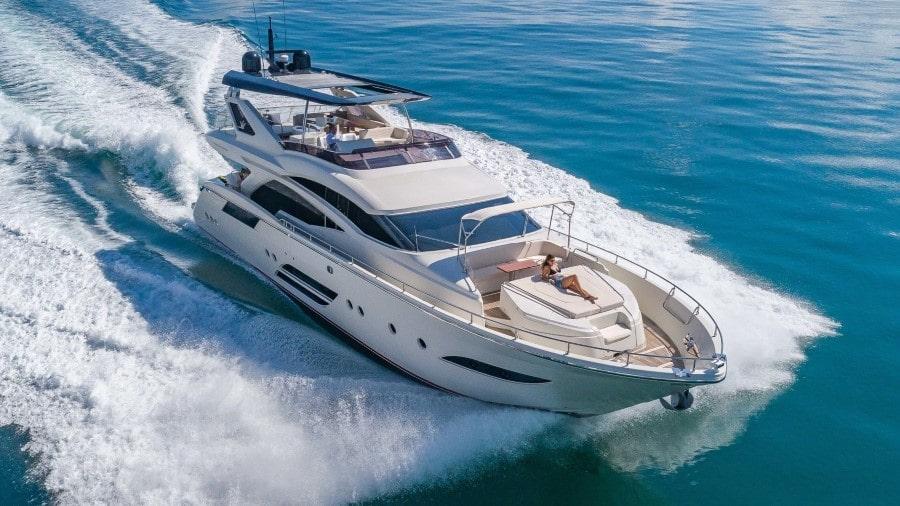 80 Dominator Miami rental motor yacht