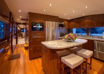 101 Hargrave yacht dinette