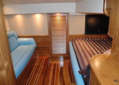 80 Nortech yacht master cabin