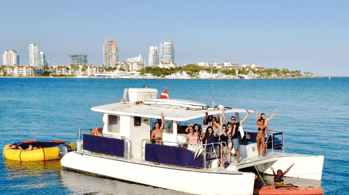 40 Power Catamaran guests and toys