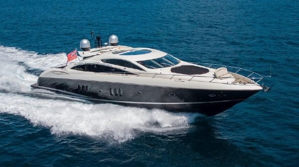 82 Sunseeker Miami rental motor yacht