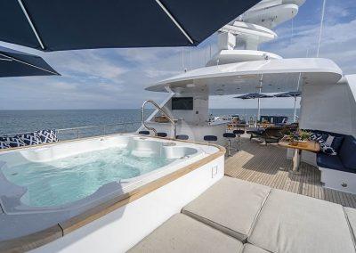 142 Trinity yacht deck jacuzzi