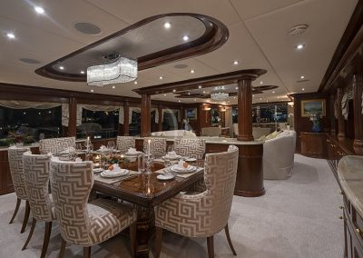 142 Trinity yacht formal dining