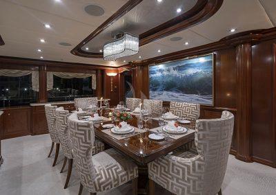 142 Trinity yacht dining
