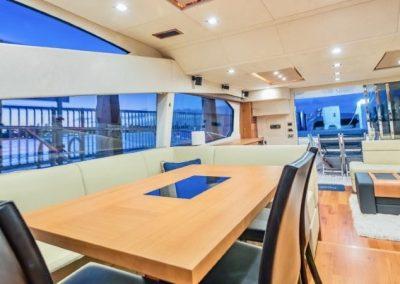 66 Sunseeker yacht dining